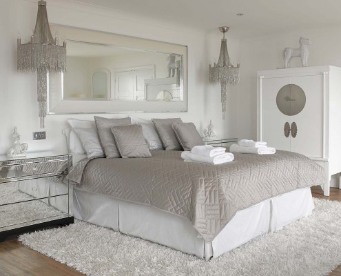 Angmering On Sea Luxury Holiday Rental_WhiteBedroom