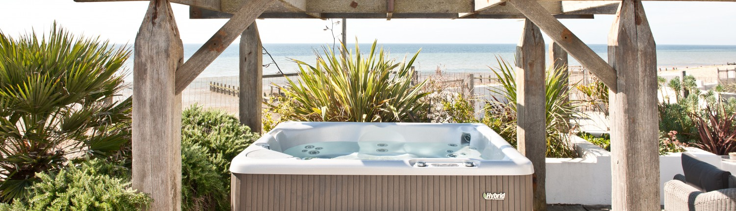 beach rentals with hot tubs