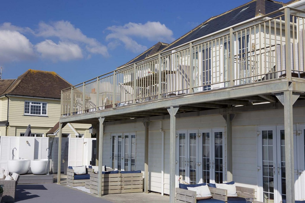 luxury beach house west sussex
