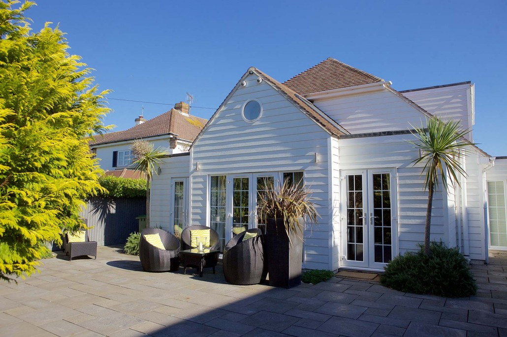The Hamptons Beach House Luxury Accommodation West Sus